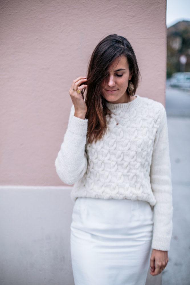 84bca7f930a Comment porter le blanc en hiver   2 idées de tenues éco ...
