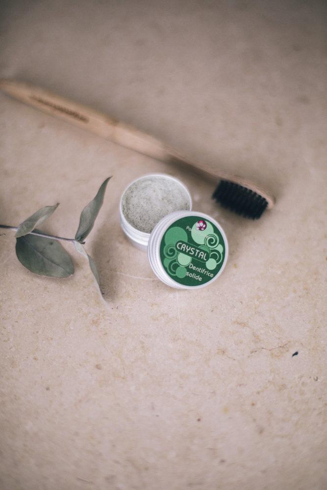 Dentifrice solide & rechargeable + brosse à dents en bambou = hygiène dentaire zéro déchet |Bloomers.eco